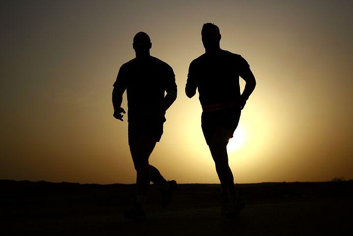 runners-635906__480.jpg